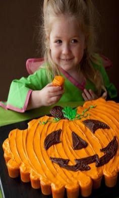 Pumpkin Patch Pull Apart Cupcakes Cake