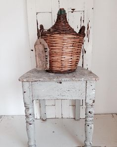 #brocante #old #wine #louvre #shuttles #ancient #france #label #love #table #grey #white #shabby #stuff #http://ift.tt/1XoCAAG #brocanteblogtop5 by bricenbracbrocante