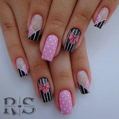 40 English nail patterns and pictures Rose Gold Nails, Pink Nails, Nail Dipping Powder Colors, Nail Tip Designs, Bridal Nail Art, Nail Patterns, Nail Studio, Cute Acrylic Nails, Nail Art Hacks