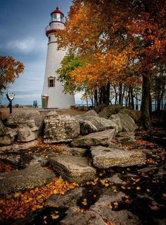 Marblehead Lighthouse Fall Folliage by shauna Marblehead Lighthouse, Lighthouse Pictures, Lighthouse Painting, Autumn Scenery, All Nature, Light Of The World, Lake Erie, Water Tower, Beautiful Landscapes