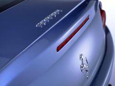 pictures for cell phones - Ferrari: http://wallpapic.com/cars/ferrari/wallpaper-15415