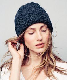Sandnes Hue i Tynn Alpakka Ull Knit Beanie Pattern, Beanie Hats For Women, Knitting Accessories, Knitting Designs, Handicraft, Mittens, Headbands, Knitted Hats, Knit Crochet