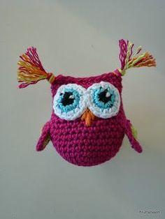 Persson Coat Screen: Patterns and stuff Crochet Baby Toys, Crochet Owls, Crochet Bebe, Crochet For Kids, Crochet Animals, Knit Crochet, Diy Projects To Try, Crochet Projects, Yarn Organization