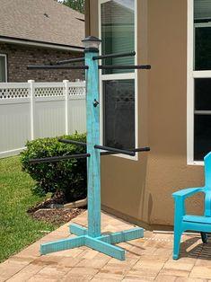 Pool Towel Holders, Towel Rack Pool, Pool Towels, Towel Racks, Outdoor Pool, Outdoor Decor, Outdoor Ideas, Backyard Ideas, Outdoor Projects