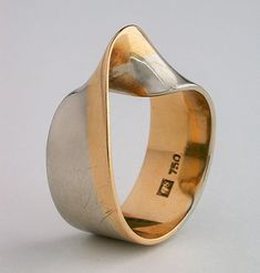Bernhard Schobinger Infinite Loop in Two Tapering Wedged Colours, 1970, As a wedding ring for a friend who is a mathematician (one of two) Private collection, Switzerland