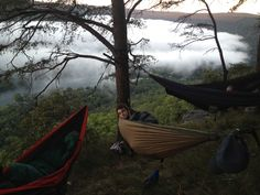 Edwards point Tennessee, ENO hammock sleeping next to a cliff