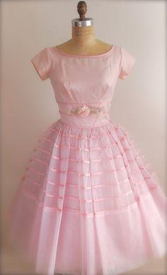 pretty pink viNtage party dress