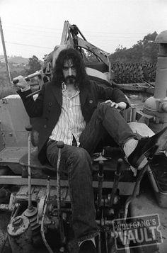 Frank Zappa - Laurel Canyon (Los Angeles, CA) 1968 Photo by: Baron Wolman