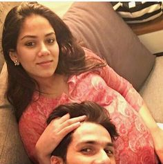 Shahid Kapoor and Mira Rajput have been blessed with a baby girl today evening at the Hinduja Healthcare Surgical hospital in Khar Mumbai. Mira gave birth to a healthy baby girl at pm through normal delivery and the baby weighs kgs. Bollywood Couples, Bollywood Actors, Bollywood News, Mira Rajput, Baby Girl Images, Film Images, Pregnant Wife, Pregnancy Months