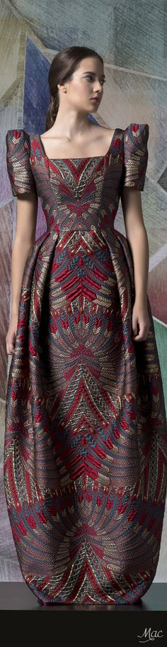 pesta Modern Dress Clever use of fabric to create a beautiful dress. Clever use of fabric to create a beautiful dress. Style Couture, Couture Fashion, Fashion Beauty, Fashion Tips, Fashion 2017, Fashion Dresses, Runway Fashion, 70s Fashion, Fashion Online
