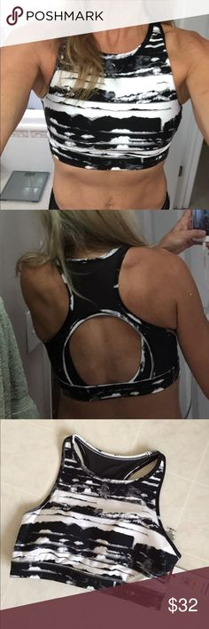 TOMMY HILIFIGER CUTOUT HIGH NECK BRA TOP NO TRADES - ❤️30% OFF 2 OR MORE ITEMS❤️So cute - padded for support. Back is mesh. Could be worn as s sports bra, top or swimsuit top with your favorite bottoms😊😊 Tommy Hilfiger Tops