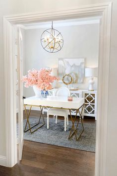 27 home office ideas that you will love including how to setup your office if you are working from home the best desks and chairs. Plus home office decor design and organization ideas. Cozy Home Office, Home Office Colors, Home Office Storage, Home Office Setup, Home Office Organization, Home Office Space, Home Office Desks, Office Ideas, Organization Ideas