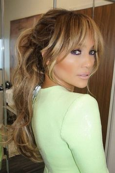 Top 40 blonde Haarfarbe Ideen Fringe hairstyles from choppy to sideways curved bang Glamor UK Summer Hairstyles, Pretty Hairstyles, Blonde Fringe Hairstyles, J Lo Hairstyles, Haircuts For Long Hair With Bangs, Fringe Haircut, Wedding Hairstyles, Natural Hairstyles, Short Hairstyles With Fringe