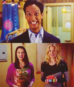 Troy and Abed's new apaaaaaaaaartment! :)