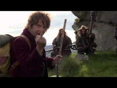 Montage of Martin flipping the bird throughout The Hobbit filming. From extended edition dvd. Keeping himself entertained.