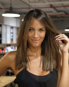 6 Things you need to know about Balayage Highlights – Stylish Hairstyles Medium Hair Cuts, Medium Hair Styles, Short Hair Styles, Blunt Haircut Medium, Hair Contouring, Trending Hairstyles, Brunette Hair, Great Hair, Summer Hairstyles