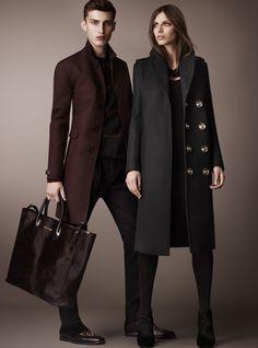 Фото новинки кашемирового пальто. С чем носить кашемировое пальто, и с чем нельзя сочетать пальто из кашемира.