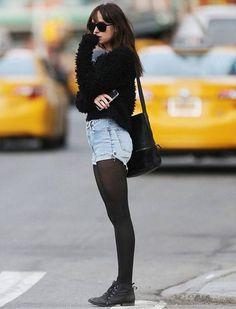 4daf5ce79e 8 Maneiras de Usar Shorts e Meia Calça