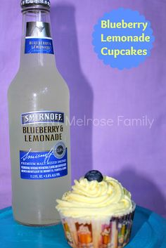 Blueberry Lemonade Cupcakes www.thenymelrosefamily.com #cupcakes #blueberry