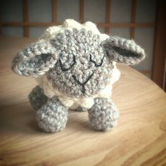Friday Sheep by Sarah Lyons free pattern...A fun little something to make with crochet bobbles.