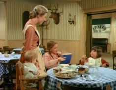 Laura Ingalls Wilder, Ingalls Family, Western Movies, Favorite Tv Shows, Bridal Dresses, House, Characters, Baking, Funny