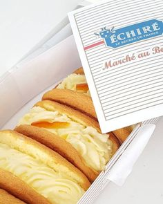 オムレット : 世界初のエシレバターの専門店「エシレ・メゾン デュ ブール」東京・丸の内 Japanese Cake, Japanese Sweets, Dessert Packaging, Food Packaging, Bread Cake, Bread And Pastries, Chocolate Desserts, Food Videos, Bakery