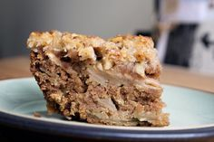 This apple oat snack cake falls squarely in the second categ. Diabetic Recipes, Diet Recipes, Healthy Recipes, Oats Snacks, Healthy Cake, Time To Eat, Food And Drink, Sweets, Baking