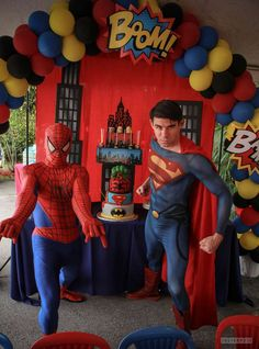 ME: Love the Balloon Arc.  Super K's Birthday Headquarters | CatchMyParty.com