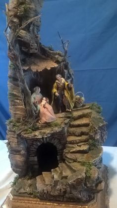 ✨Merry Christmas from Rossella and Umberto❤️🎅🏽✨ Christmas Nativity Scene, Merry Christmas, Lion Sculpture, Seasons, Crafts, Sacred Art, Nativity Sets, Terrariums, Ruins
