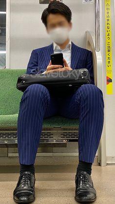 Mens Suits, Beautiful Men, Men's Fashion, Handsome, Socks, Stylish, Twitter, Pants, Suits