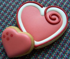 Oven Lovin Cakes and Cookies - Valentine's Day decorated hearts sugar cookies.