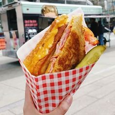 Mom's Grilled Cheese Truck | 19 Delicious Food Trucks Everyone In Vancouver Should Chase Down...