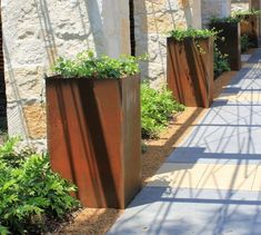 [gallery Corten steel planters allow you having elegance and modern planters. These metal planters fit any uses, such as outdoor, indoor, residential, or commercial use. Corten Steel Planters, Metal Planters, Concrete Planters, Garden Planters, Landscaping With Rocks, Modern Landscaping, Garden Landscaping, Large Outdoor Planters, Rectangular Planters