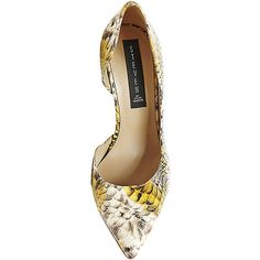 Steven by Steve Madden Women's Vallla Stilettos Heels (1.965.395 IDR) ❤ liked on Polyvore featuring shoes, pumps, yellow snake, yellow pointed toe pumps, d'orsay pumps, yellow shoes, high heel pumps and steve-madden shoes