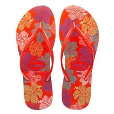 Havianas, my go-to shoe,always! Xmas Gifts For Her, Womens Flip Flops, Fashion Sandals, Flip Flop Sandals, Womens Fashion, Fashion 2016, Slippers, Slim, My Style