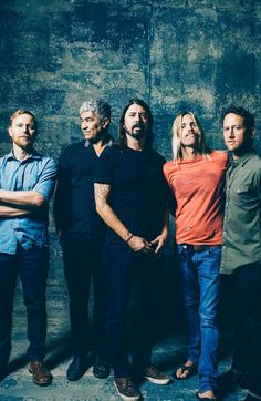 The Foo Fighters // Foo Fighters Band, Foo Fighters Dave Grohl, Foo Fighters Nirvana, There Goes My Hero, Taylor Hawkins, Country Girl Quotes, Girl Sayings, Music Genius, Zac Brown Band