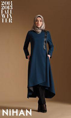 Nihan bir Tuğba markasıdır. Nihan '14-'15 Sonbahar / Kış Koleksiyonundan, R3208…