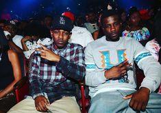 "CALIGRAM 🏝️🌞🎵 on Instagram: ""TOP DAWG ENTERTAINMENT #WESTCOAST #LosAngeles #California# #Street#GangstaRap#Blood #bountyhunterbloods #bloods #SouthCentral #watts…"" Kobe News, Shaq And Kobe, Bet Hip Hop Awards, Jay Rock, American Rappers, Kendrick Lamar, Record Producer, California, Entertainment"