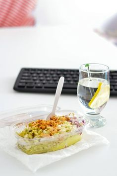 LunchBox - przepisy na cały tydzień I - Kasia. My Favorite Food, Favorite Recipes, Healthy Snacks, Healthy Recipes, Bon Appetit, Salad Recipes, Macaroni And Cheese, Meal Prep, Lunch Box