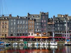Visiting Normandy's sights means seeing monuments and scenery that we've known since childhood, first-hand.  This goes for Mont-Saint-Michel and the Bayeaux Tapestry, or all the scenes depicted in Claude Monet's paintings, like the cliffs at Étretat, the harbour at Honfleur and the artist's own ga