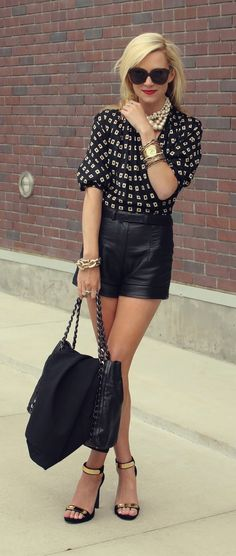 I will always need cute black clothing. Love this look