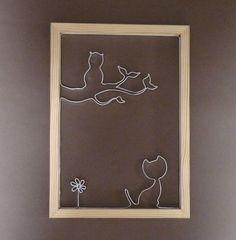 Cadre en ruban alu et bois, chat, chouette et fleur
