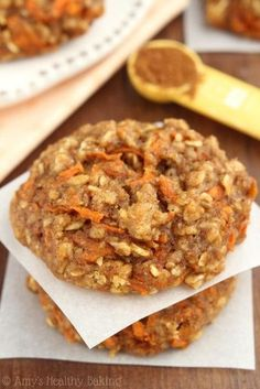(Carrot Cake Oatmeal Biscuits) we have found the motherload of some of the most popular healthy desserts, treats and snacks just for you, so make some room on your to cook lists and eat amaaaaazing sweets guilt free! Healthy Sweets, Healthy Dessert Recipes, Healthy Baking, Baking Recipes, Cake Recipes, Healthy Snacks, Healthy Banana Cookies, Healthy Desserts For Kids, Carrot Recipes