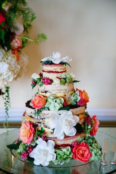 Colorful naked cake: http://www.stylemepretty.com/little-black-book-blog/2015/03/13/retro-chic-wedding-at-the-beverly-hills-hotel/ | Photography: Max & Friends - http://maxandfriends.com/