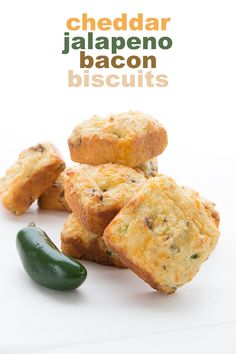 These low carb cheddar biscuits are da bomb, my keto friends! Jam packed with cheddar, jalapeño and crispy bacon, they are a delicious low carb side dish for soups, stews, and salads.