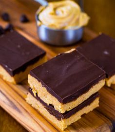 No-Bake Reese's Bars! - 5 Ingredients and 4 Steps :)