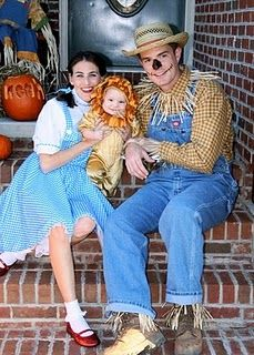 Wizard of Oz Family Costume! Landen could be Tin man and Joey already has a Lion for next year... Now to convince Ed to be a scarecrow- May be a little more difficult :)