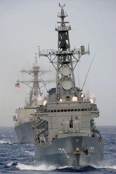 Más tamaños | JS Shimakaze (DDG 172) transits in formation with a U.S. Navy ship. | Flickr: ¡Intercambio de fotos!