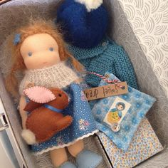 Suitcase dollmade by Else Besjes
