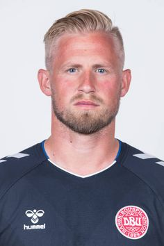 Kasper Schmeichel of Denmark poses during official FIFA World Cup 2018 portrait session on June 12 2018 in Anapa Russia Kasper Schmeichel, Fifa World Cup 2018, Sports Celebrities, National Football Teams, Blonde Guys, Football Kits, White Boys, Poses, Football Players
